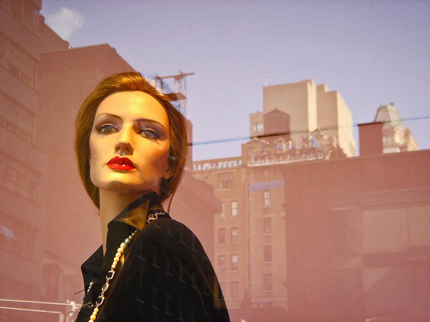 Mannequin, Midtown